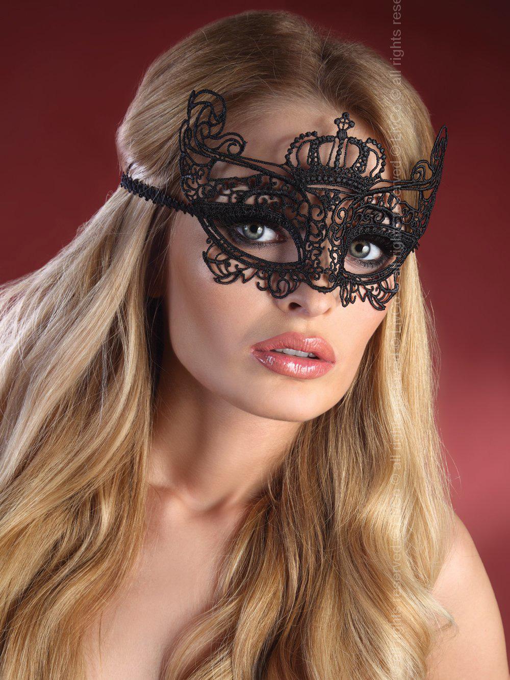 Livia Corsetti - Mask Black Model 7